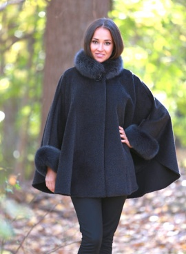 Alpaca Cape Jacket With Fox